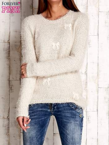 Beżowy sweter long hair z kokardkami