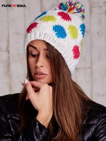 Biała czapka w kolorowe grochy z pomponem FUNK N SOUL