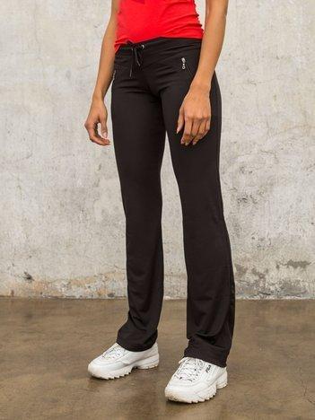 Czarne spodnie dresowe z kieszeniami