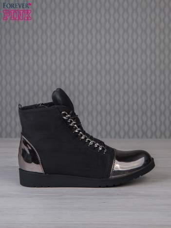 Czarne zamszowe sneakersy z lustrzanymi elementami