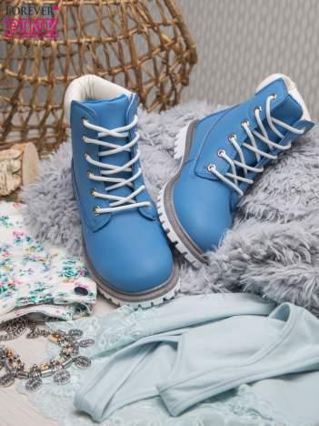 Jasnoniebieskie buty trekkingowe damskie traperki ocieplane