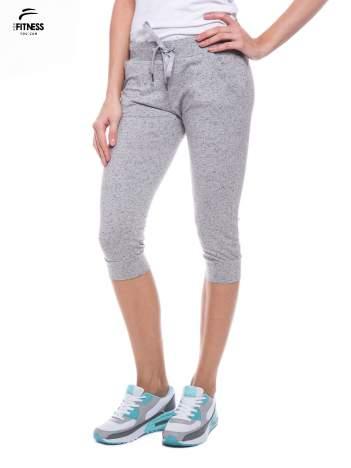 Szare sportowe spodnie za kolano typu capri