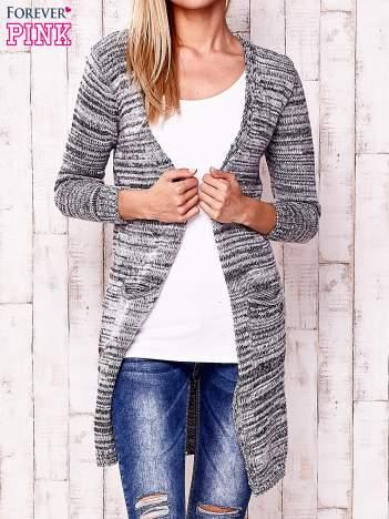 Szary melanżowy sweter z cekinami