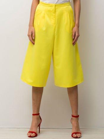 Żółte spódnicospodnie typu culottes