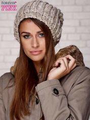 Beżowa czapka z melanżową nicią