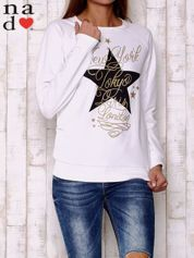 Biała bluza z motywem gwiazdek