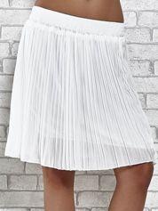 Biała plisowana spódnica do kolan
