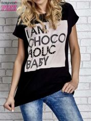 Czarny t-shirt z napisem I AM CHOCOHOLIC BABY