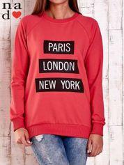 Czerwona bluza z napisem PARIS LONDON NEW YORK