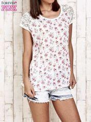 Ecru t-shirt w róże z koronką przy rękawach