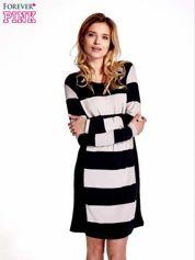 Granatowa sukienka w szerokie pasy