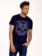 Granatowy t-shirt męski z nadrukiem czaszki i napisami