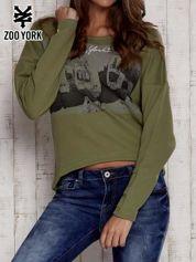Khaki bluza z nadrukiem i wiązaniem na plecach
