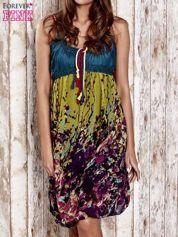Zielona kwiatowa sukienka z kolorowymi troczkami