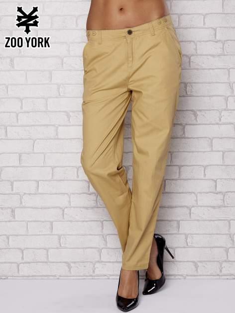Beżowe proste materiałowe spodnie