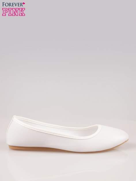 Białe gładkie balerinki ze skóry ekologicznej
