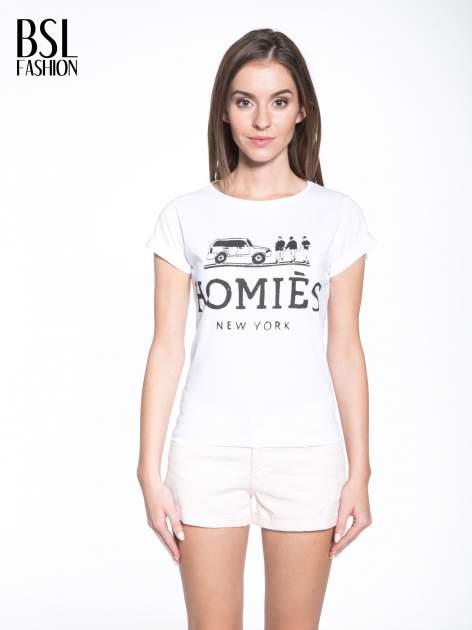 Biały t-shirt z nadrukiem HOMIES NEW YORK