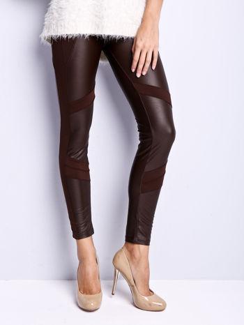 Ciemnobrązowe legginsy modelujące ze skórzanymi panelami