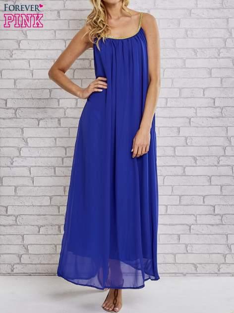 Ciemnoniebieska grecka sukienka maxi ze złotym paskiem