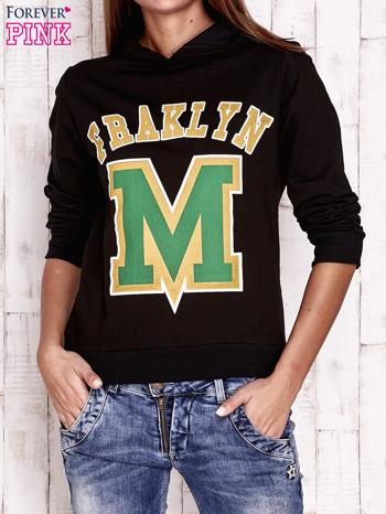 Czarna bluza z kapturem i napisem FRAKLYN M