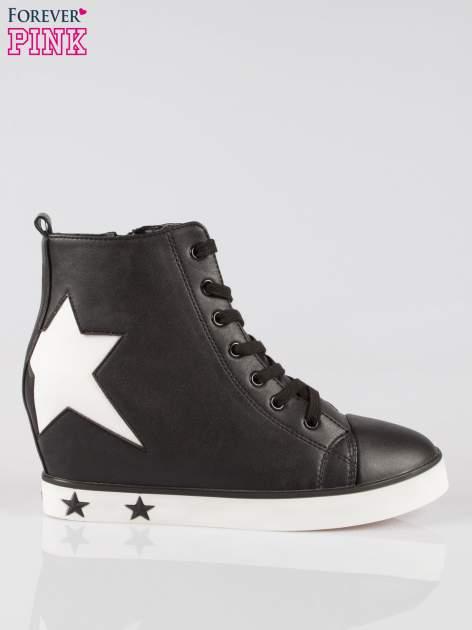Czarne trampki na koturnie sneakersy z gwiazdkami