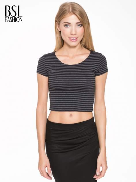 Czarny t-shirt typu crop w paski