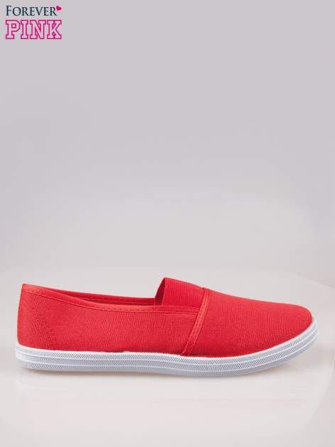 Czerwone miękkie buty slip on