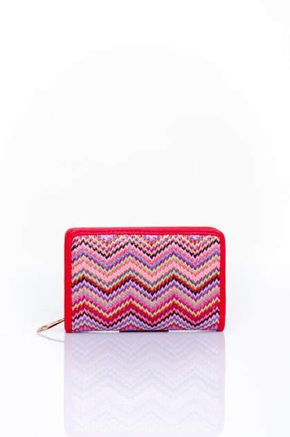 Czerwony portfel z motywem geometrycznej plecionki
