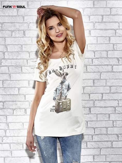 Ecru t-shirt z nadrukiem królika Funk n Soul