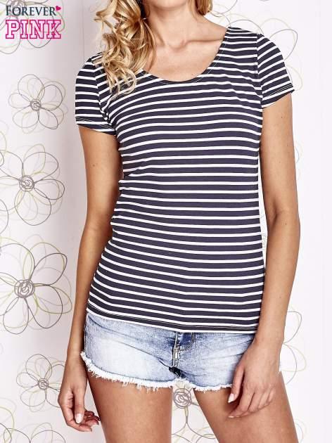 Granatowo-biały t-shirt w paski crossed back