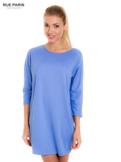 Jasnoniebieska prosta sukienka