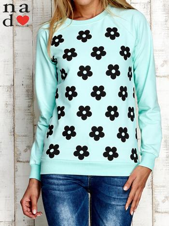 Miętowa bluza z nadrukiem kwiatów