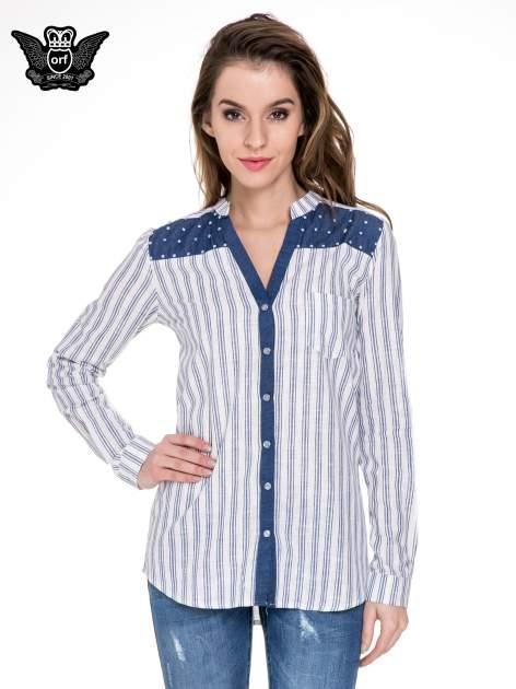 Niebieska koszula w paski z listwą z denimu i dżetami