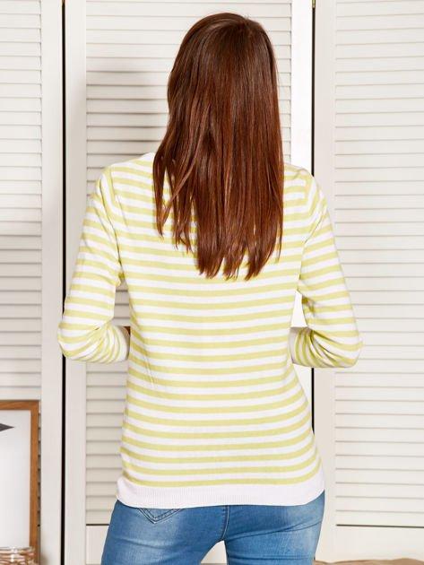 Rozpinany sweter w biało-żółte paski z kieszonkami po bokach