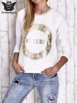 Biała bluza w stylu glamour ze złotym nadrukiem i lamówką