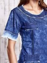 Ciemnoniebieska jeansowa sukienka z surowym wykończeniem