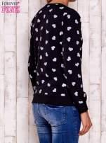 Ciemnoszara bluza z nadrukiem serduszek