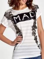 Ecru t-shirt z napisem MAD i kwiatowym nadrukiem