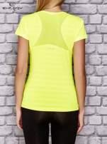Fluożółty t-shirt sportowy w paseczki