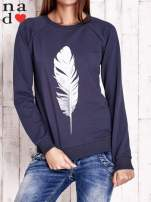 Grafitowa bluza z piórkiem