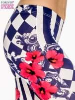 Granatowe legginsy z nadrukiem mix patterns