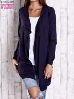 Granatowy długi niezapinany sweter z kieszeniami