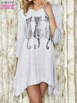 Jasnoszara sukienka damska z nadrukiem kotów