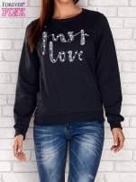 NIebieska bluza z napisem JUST LOVE i perełkami