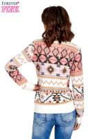 Różowa bluza w azteckie wzory