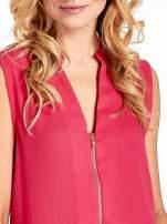 Różowa koszula V-neck z suwakiem