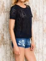 VERO MODA Granatowy ażurowy t-shirt