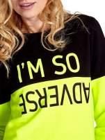 Żółto-czarna bluza z napisem I'M SO ADVERSE