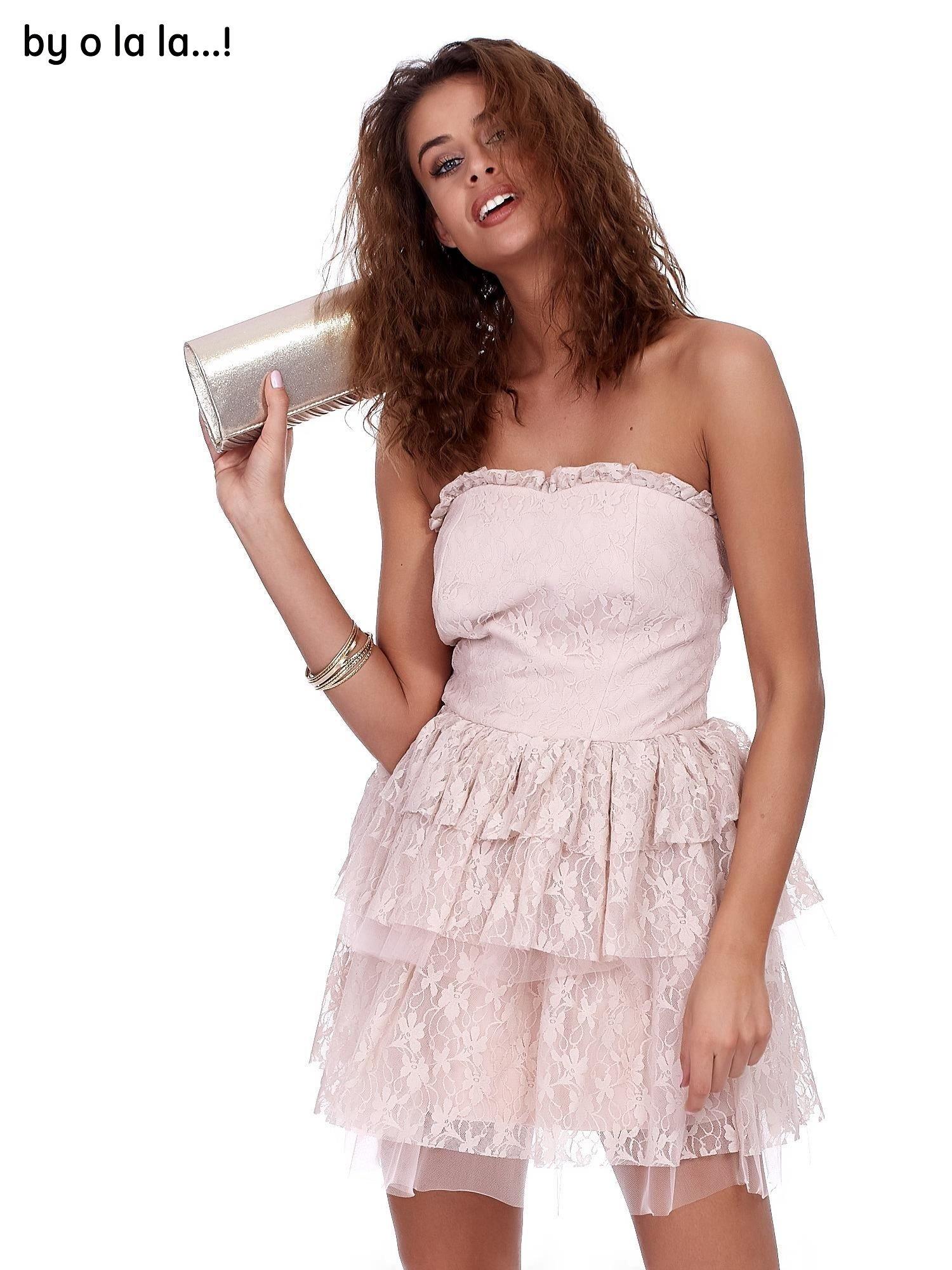 aefc8c3eb4 Różowa koronkowa sukienka z warstwowymi falbanami BY O LA LA - Sukienka  koktajlowa - sklep eButik.pl