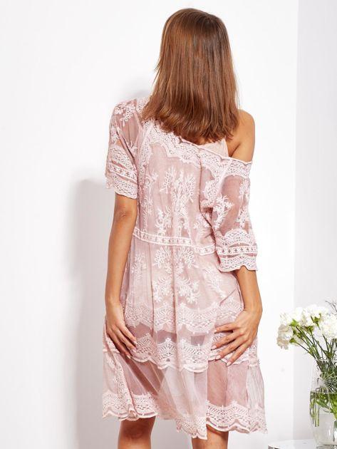 Pudroworóżowa luźna sukienka z oddzielną halką                              zdj.                              5